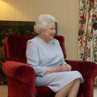 Queen Elizabeth arrives in Northern Ireland for two-day Jubilee visit