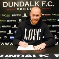 Chris Shields signs contract extension at Dundalk