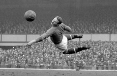 Former Man Utd goalkeeper and hero of Munich air disaster Harry Gregg dies aged 87