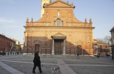 Schools, bars and offices closed in 10 Italian towns over coronavirus fears