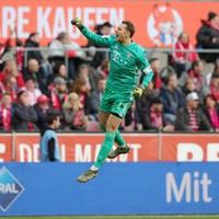 Lewandowski strikes late to see Bayern past bottom side Paderborn
