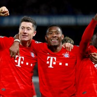Alonso sent off as Bayern crush Chelsea to put one foot in Champions League quarter-finals