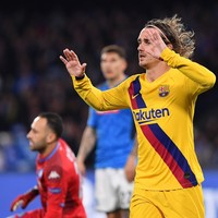 Griezmann strike earns 10-man Barcelona a draw ahead of home second leg