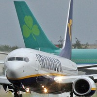Airlines not required to carry defibrillators