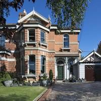 Leafy oasis in the city: This €2.75million Victorian villa has a hidden Japanese garden