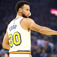 Steph Curry drops 23 points on comeback from four-month injury lay-off