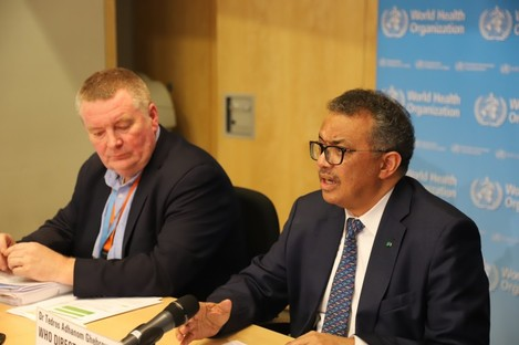 WHO Director-General Tedros Adhanom Ghebreyesus (R) with WHO emergencies director Michael Ryan.