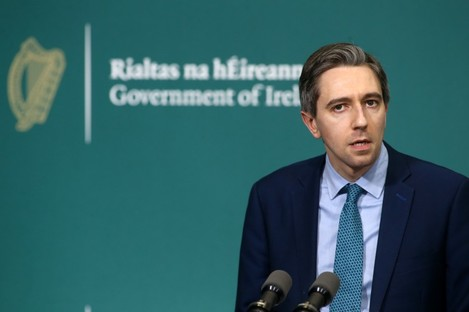 Health Minister Simon Harris at today's press briefing.