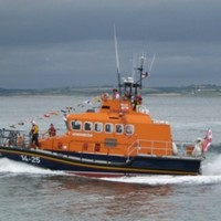 Five people rescued by lifeboat off Cork coast