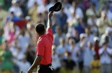 Tiger squeaks out win, passes Nicklaus on all-time list