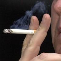 Passive smoking kills 600,000 every year