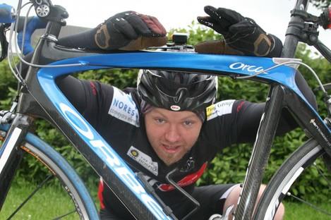 Duncan McKenzie with the bike that he hopes will take him more than 2,100 kilometres around Ireland