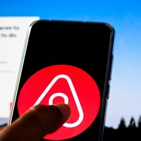 Airbnb confirms almost 1,900 job losses - 25% of all staff