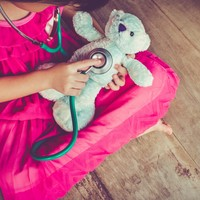 'Longer work days' and 'virtual clinics' among HSE suggestions for healthcare workers with children