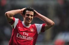 Van Persie won't sign new Arsenal deal