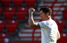 Lewandowski on target as Bayern resume title charge
