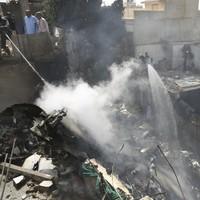 107 killed as Pakistani passenger plane crashes near Karachi