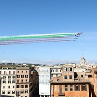 Italy hopes to win back visitors as it re-opens to European tourists