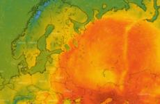 Temperatures of 30 degrees Celsius reported above Arctic Circle