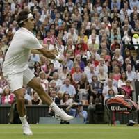 Federer stuns Djokovic to make eighth Wimbledon final