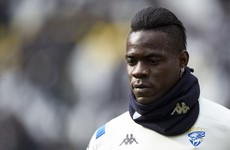 Mancini tells Balotelli to 'wake up'