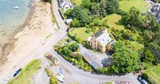 Jump ship for this luxury retreat a few steps from the West Cork ocean