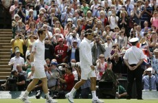 Wimbledon Mens' Final: Murray wins first set against Federer
