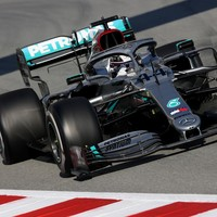 FIA gives green light to Mercedes' controversial steering system