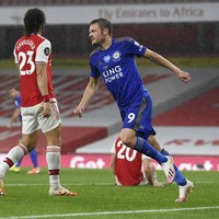 Jamie Vardy should have been sent off, says Arsenal boss Arteta