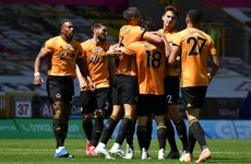 Wolves prevail to close gap on Man United