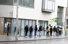 Reducing pandemic payment to €300 per week in the autumn under consideration