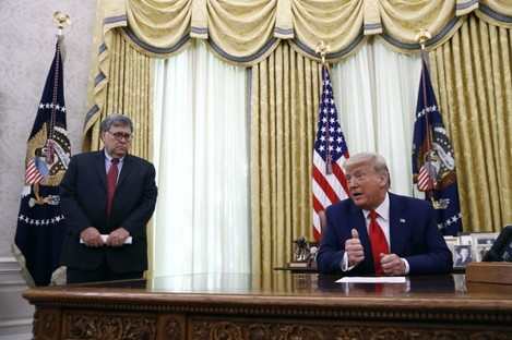 US President Donald Trump and attorney general William Barr.