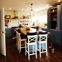 'People were a bit taken aback by the colour': Emma shares her warm and personality-filled kitchen