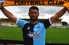 Wes Hoolahan returns to English football with move to League Two side