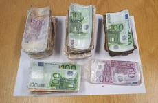 Five males arrested and €70,000 in cash seized by gardaí in Dublin