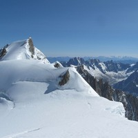 Six climbers reported dead after Alps avalanche