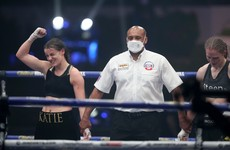 Katie Taylor defends her undisputed title in another entertaining nail-biter with Persoon
