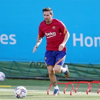 Koeman begins Messi reconciliation at Barca