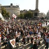 London police warn anti-vax and anti-lockdown protesters to disperse or face arrest