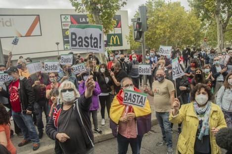 Anti-lockdown protests in the Spanish capital.