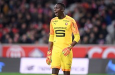 Goalkeeper Mendy on verge of Chelsea move