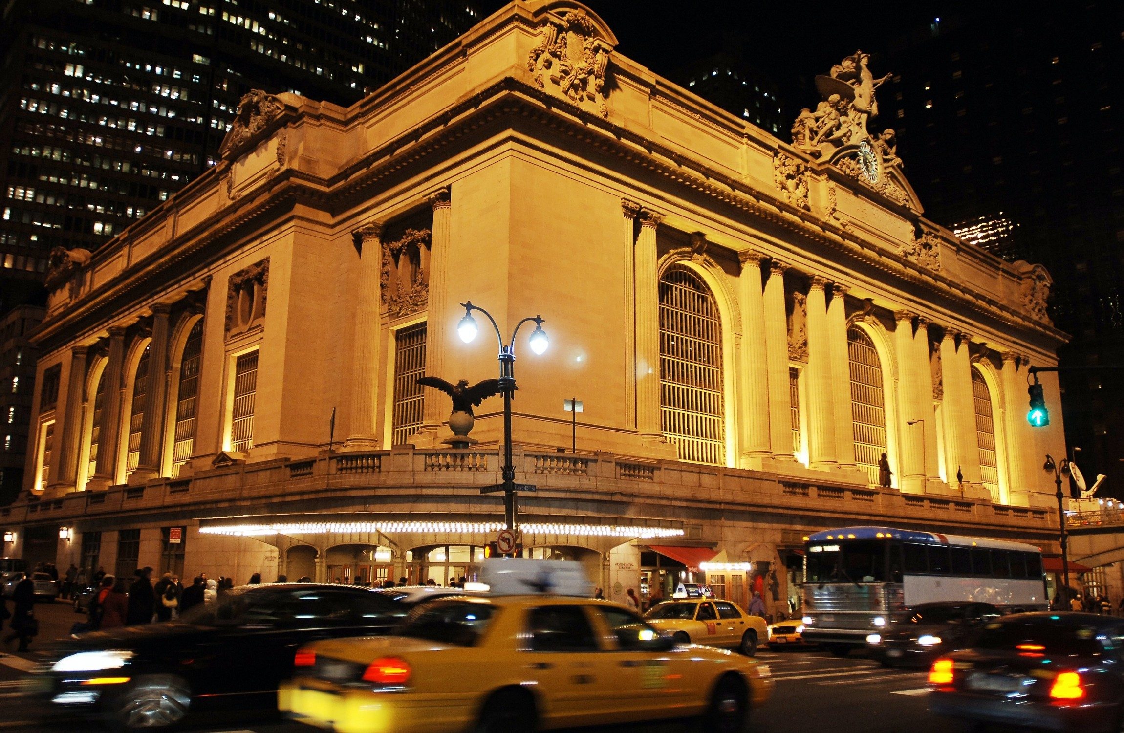 Hidden 'Man Cave' Found Under New York's Grand Central Terminal