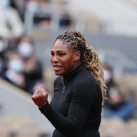 Serena overcomes patchy French Open start as Thiem aces Cilic test