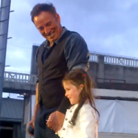 VIDEO: Bruce Springsteen sings with six-year-old fan at first Dublin gig