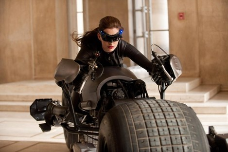 Catwoman escapes angry commenters in the new movie