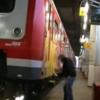 VIDEO: Graffiti artist escapes security - then comes back for his camera