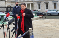 'Just Leo thinking out loud again': Mary Lou McDonald dismisses Tánaiste's border travel comments