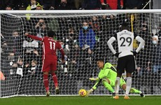 Salah's penalty sneaks in to deny Fulham win over Liverpool