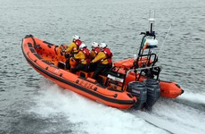 Man rescued after boat ran aground on rocks on island in Donegal