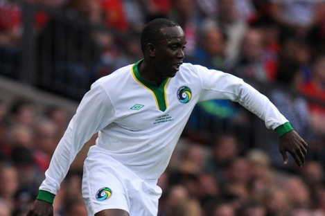 Yorke in action for New York Cosmos at Paul Scholes' testimonial last year.